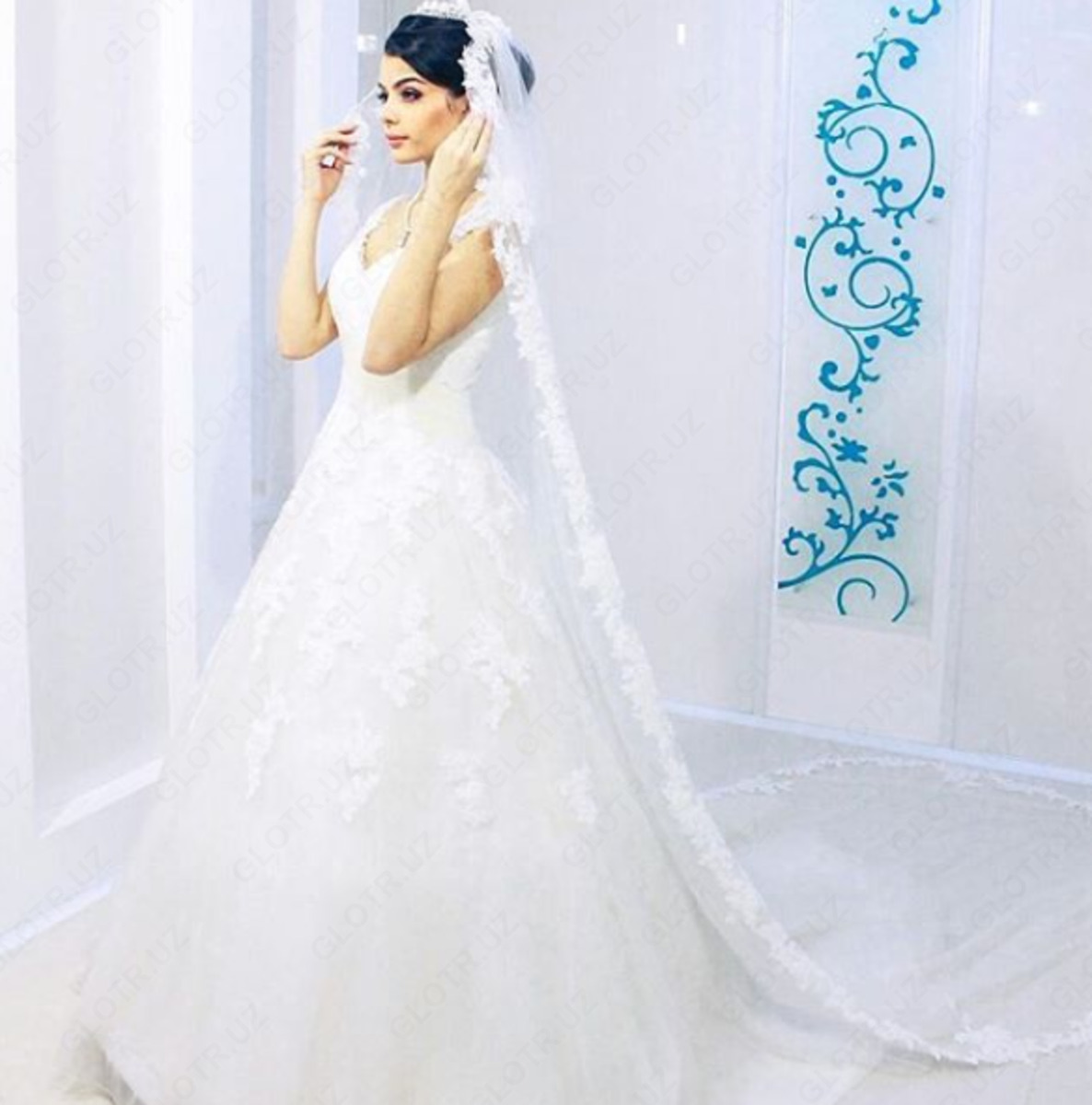 Свадебная фата - 81 фото различных модных и классических стилей | 1200x1186